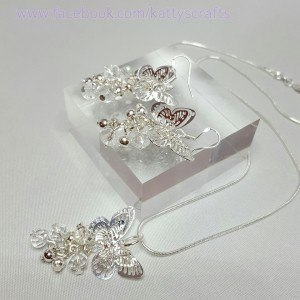 Beautiful Filigree butterfly necklace and earring