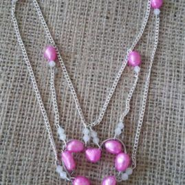 Pearl heart necklace in pink