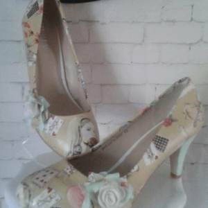 Stunning custom shoes made Alice in Wonderland beige and spring green mid low heels