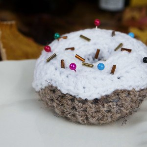Doughnut crochet pin cushion