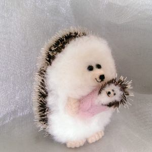 Needlefelt Miniature baby Hedgehog Mum and Hoglet conscious crafties mini hedgehog mini hog