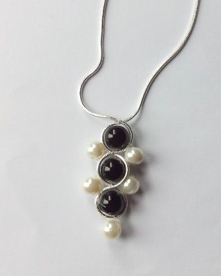 Black and White pearl beads handmade necklace sterling silver chain