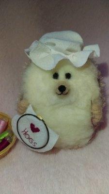 Sewing Nanna Hog - Miniature Needlefelt Hedgehog mothers day gift mini hedgehog mini hog