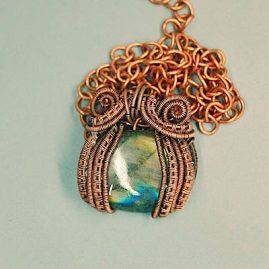 Copper wire wrapped captured labradorite necklace 1
