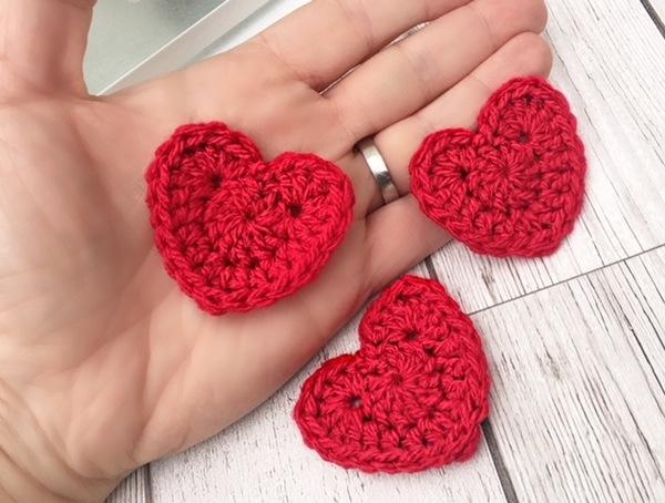 Crochet heart appliqués set of red hearts crochet crafting