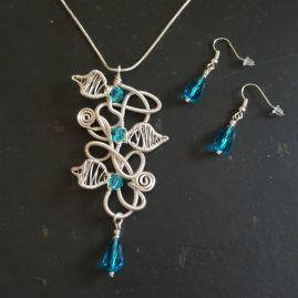 Handmade Wirework Silver Chaos Vine Pendant Set With Blue Crystals – Option 1