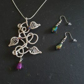 Handmade Wirework Silver Chaos Vine Pendant Set With Rainbow Crystals – Option 1
