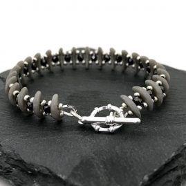Grey crescent bead & haematite crystal bracelet 2a