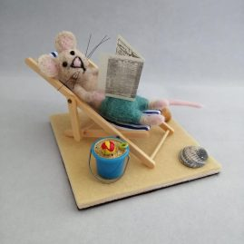 Harry on holiday – Needlefelted mouse OOAK