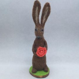 Huxley the hare – Needlefelted OOAK