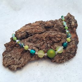Limited Edition Handmade Green Beaded Wirework Necklace 2a