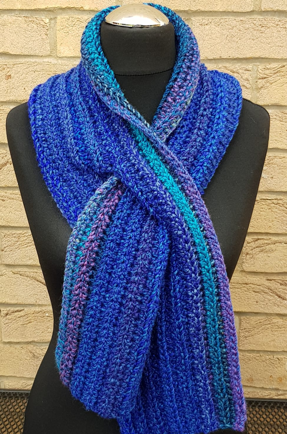 Handmade Crocheted Keyhole Scarf  Available In 3 Colours  Gorgeous