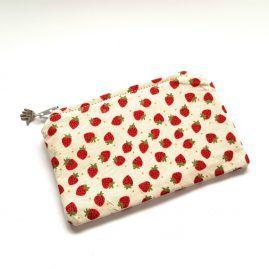 Strawberries Handmade Zipped Pouch Coin Purse Earphone Pouch 1a
